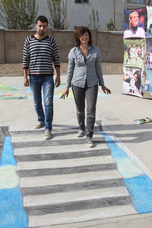 3D Chalk Artist Tracy Lee Stum in Dushanbe